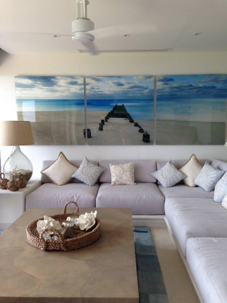 DEPARTAMENTO VILLA DEL ESTE PUNTA IXTAPA, GUERRERO MEXICO: Casas de estilo  por Marusa Albarrán interior Design
