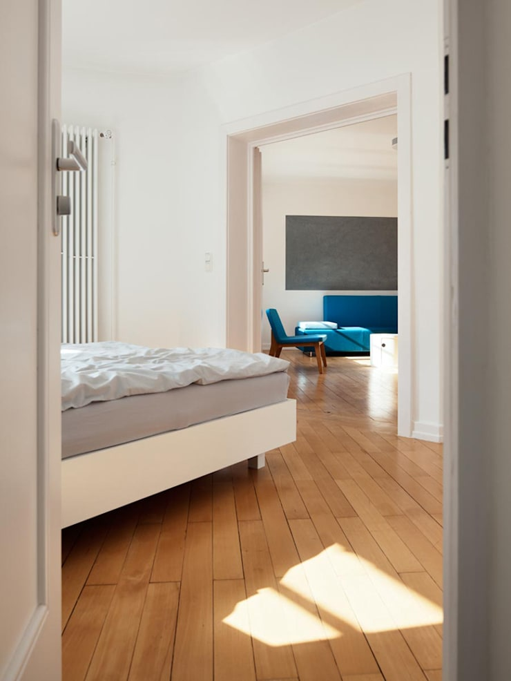 Internationales Gästehaus der Hochschule Darmstadt:  Schlafzimmer von THOMAS GRÜNINGER ARCHITEKTEN BDA,