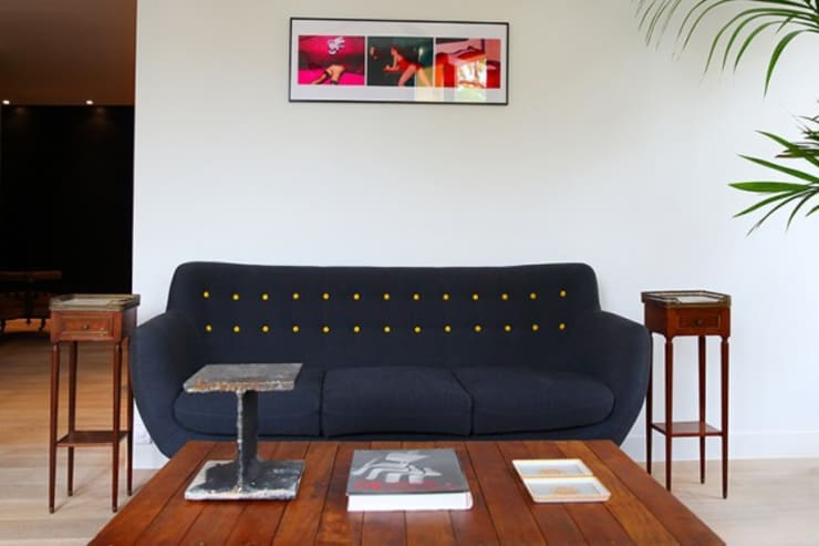 Canapé salon: Maisons de style  par Galaktik