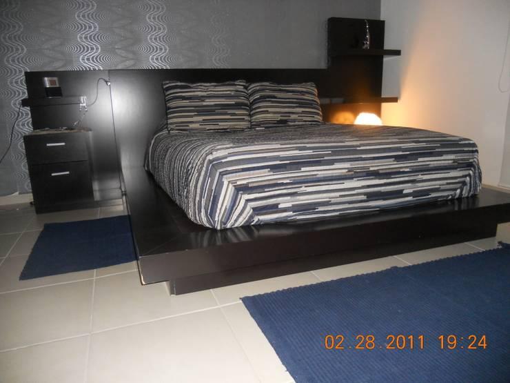 Departamento 110 m2 COVA: Recámaras de estilo  por INTERIORISMO MG