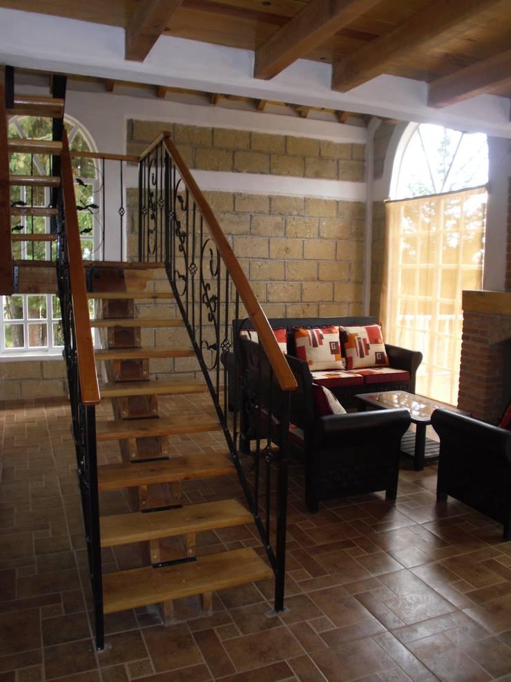 Escalera: Pasillos y recibidores de estilo  por JRK Diseño - Studio Arquitectura, Rústico