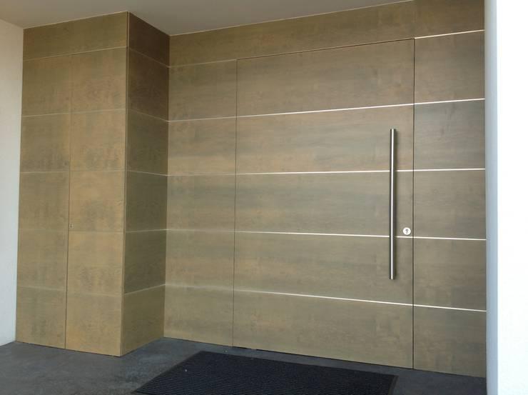 minimalistische Fenster & Tür von Myriam Galibert Amenagement