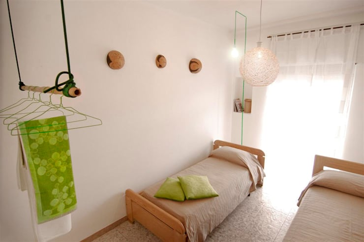 Bedroom by FattoreQ fabbrica, Eclectic