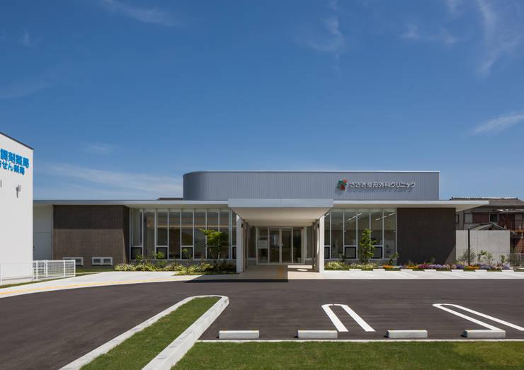建物全景: 株式会社古田建築設計事務所が手掛けた病院です。,
