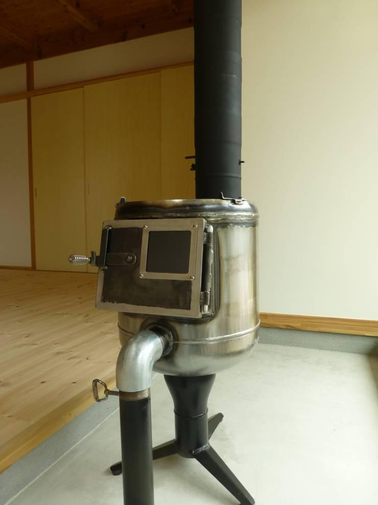 .: 匙/今井ヒロカズ設計事務所が手掛けた廊下 & 玄関です。,インダストリアル