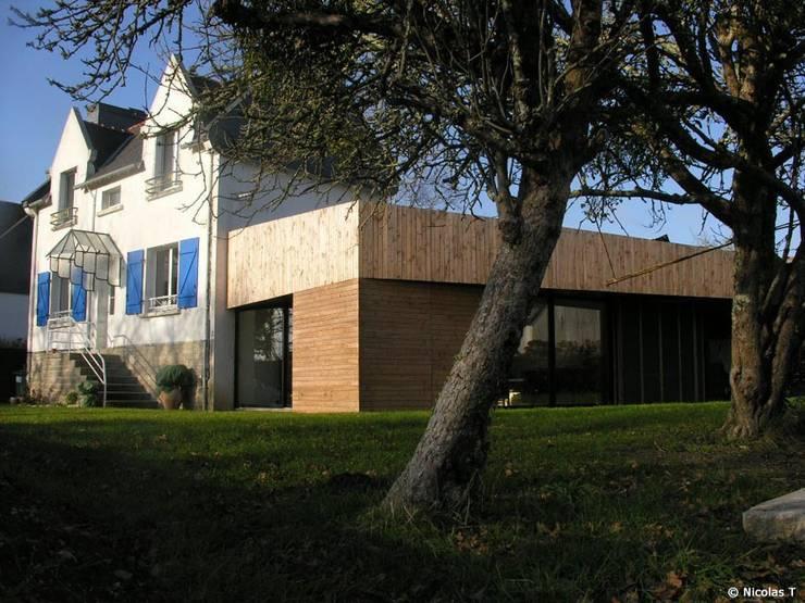 Case in stile  di Jean-Charles CASTRIC - architecte D.P.L.G.
