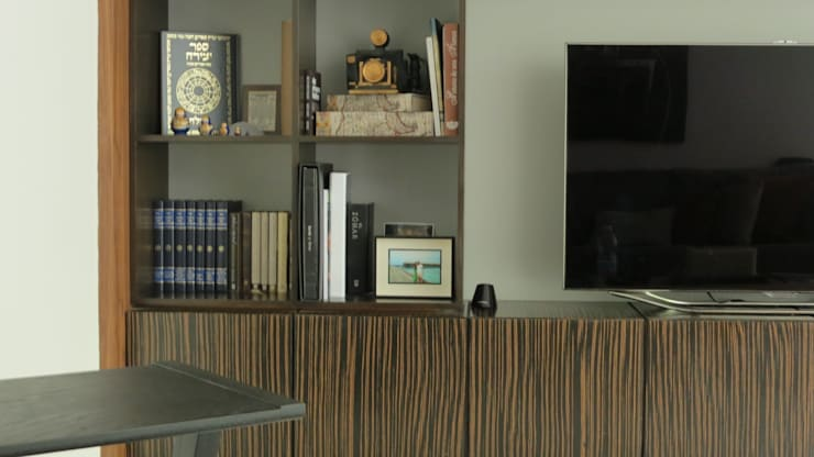 PALMAS 08: Salas multimedia de estilo  por NIVEL TRES ARQUITECTURA