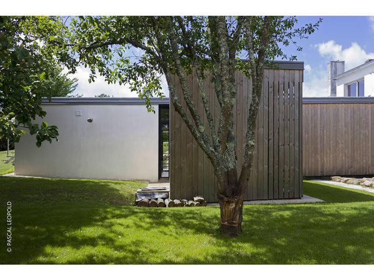 vue Nord: Maisons de style  par Jean-Charles CASTRIC - architecte D.P.L.G.