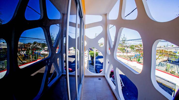 Balcon Frontal: Terrazas de estilo  por Gerardo ars arquitectura