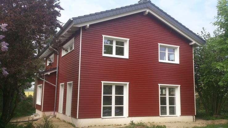 บ้านและที่อยู่อาศัย by eMKo-Conzeptbau