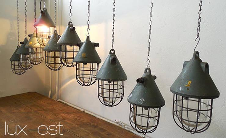 """""""PIRNA S PETROL"""" Fabrik Lampe Industrie Design Original:  Wohnzimmer von Lux-Est"""