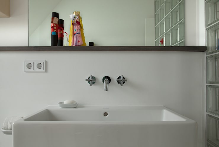 Kinderbad Metro:  Badezimmer von Berlin Interior Design
