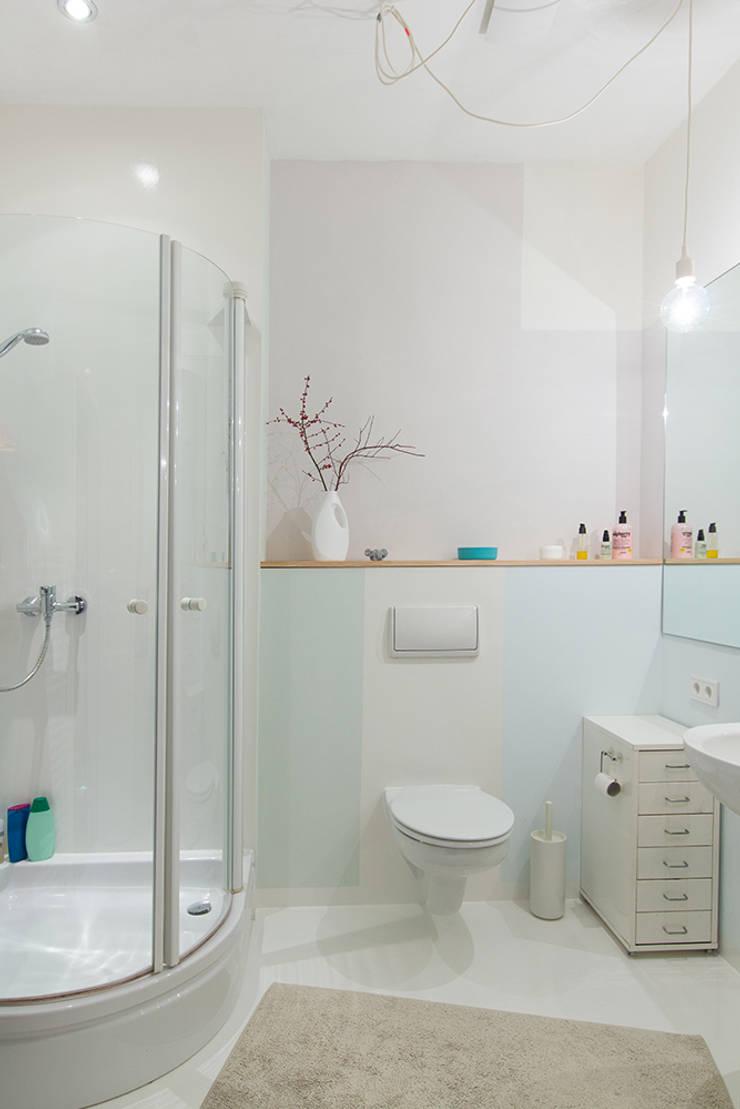 Banheiros  por Berlin Interior Design