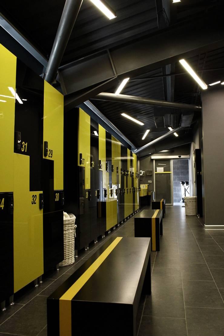 CO Mimarlık Dekorasyon İnşaat ve Dış Tic. Ltd. Şti. – Çayyolu / Ankara:  tarz Giyinme Odası