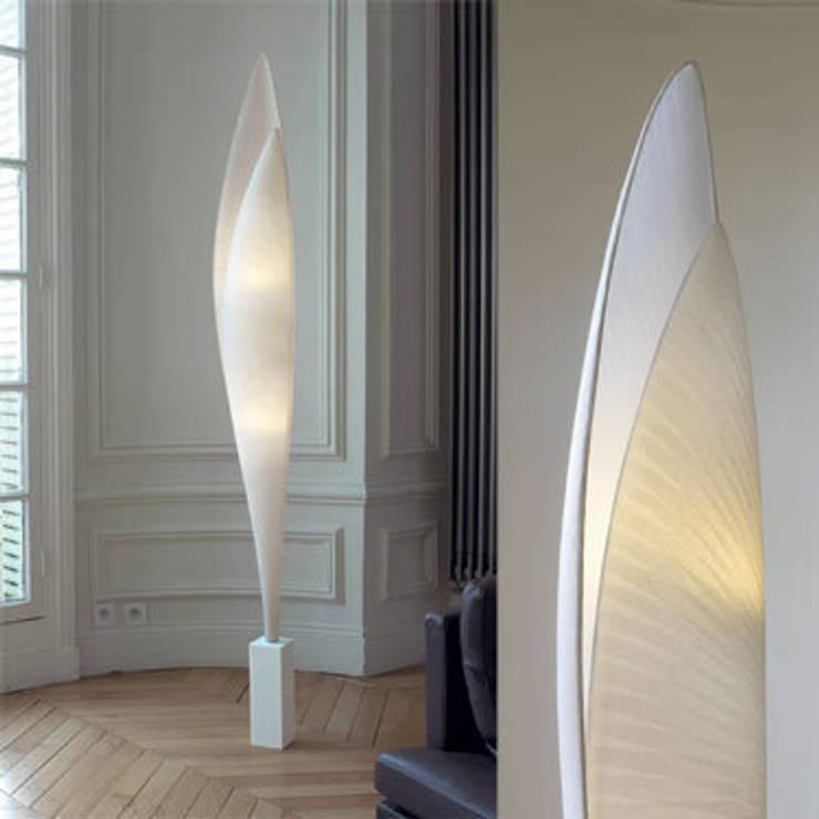 Lampadaire Envol, Céline Wright:  de style  par CELINE WRIGHT