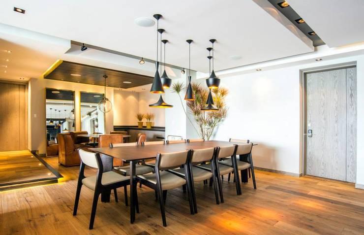 Veramonte I: Comedores de estilo  por Sobrado + Ugalde Arquitectos