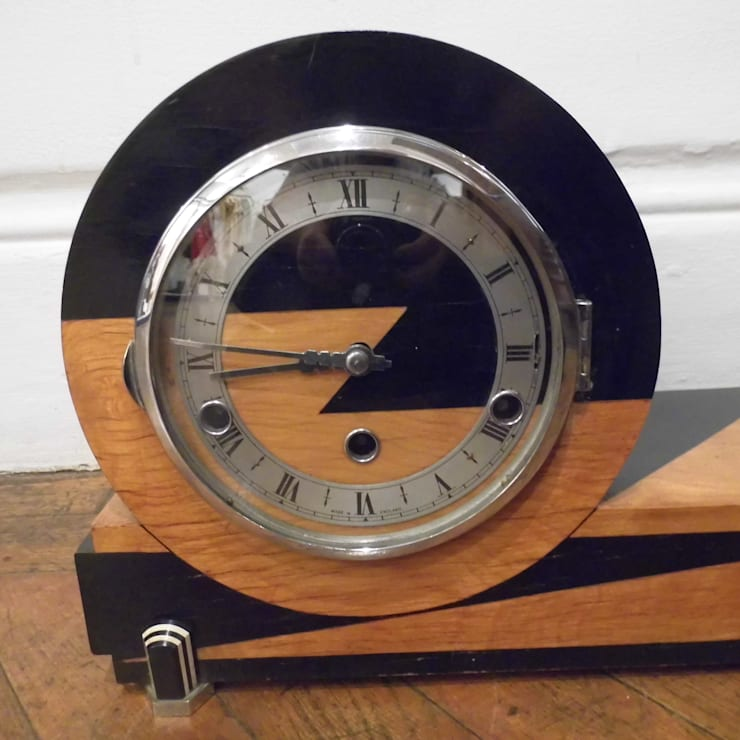 Art Deco Clock:  Living room by Travers Antiques