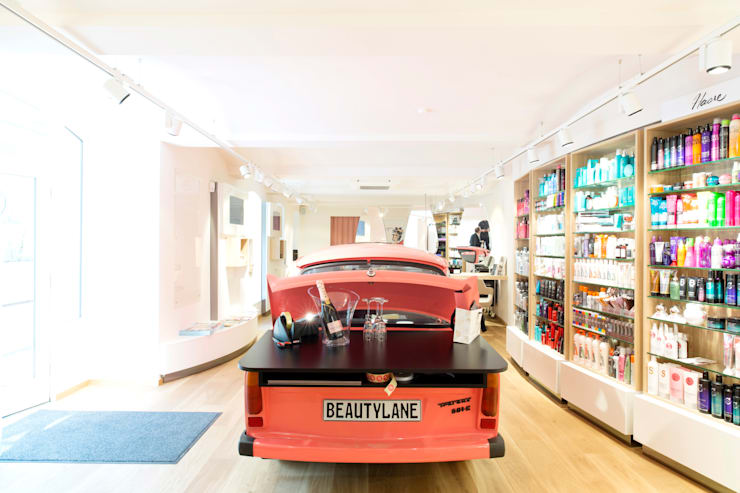 BeautyLane Perfumery by UniversalProjekt :  Ladenflächen von UniversalProjekt Laden- und Innenausbau GmbH