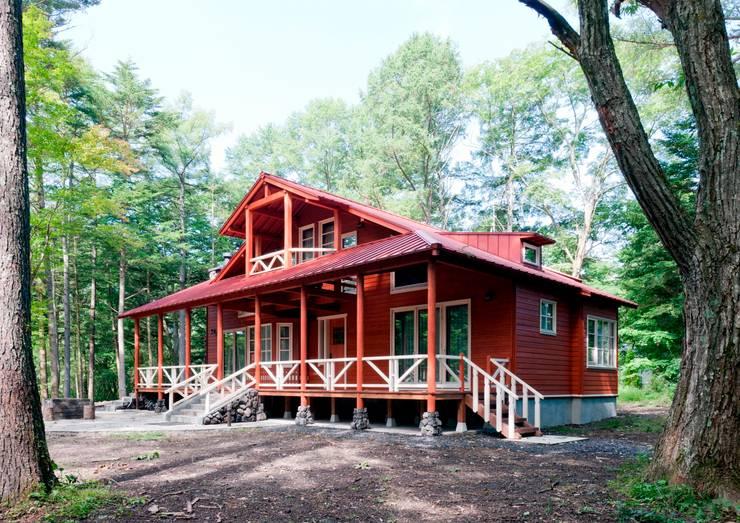 F山荘 外観1: 一粒社ヴォーリズ建築事務所が手掛けた家です。