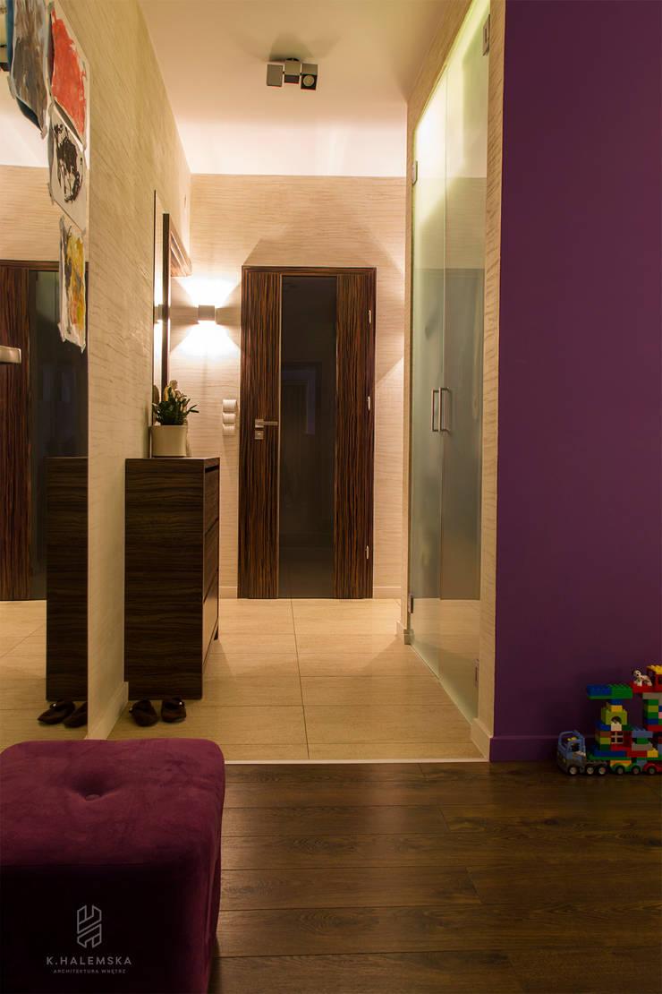 Mieszkanie 1/9: styl , w kategorii Korytarz, przedpokój zaprojektowany przez k.halemska,Nowoczesny