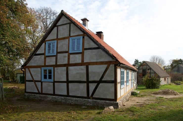 Konzept:  Häuser von Gabriele Riesner Architektin