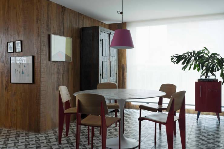 RS HOUSE: Casa  por STUDIO GUILHERME TORRES