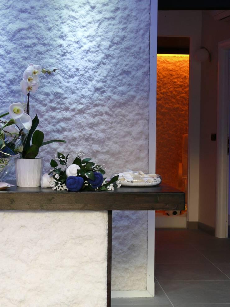 Relax O2: Spa in stile  di Studio Stefano Pediconi