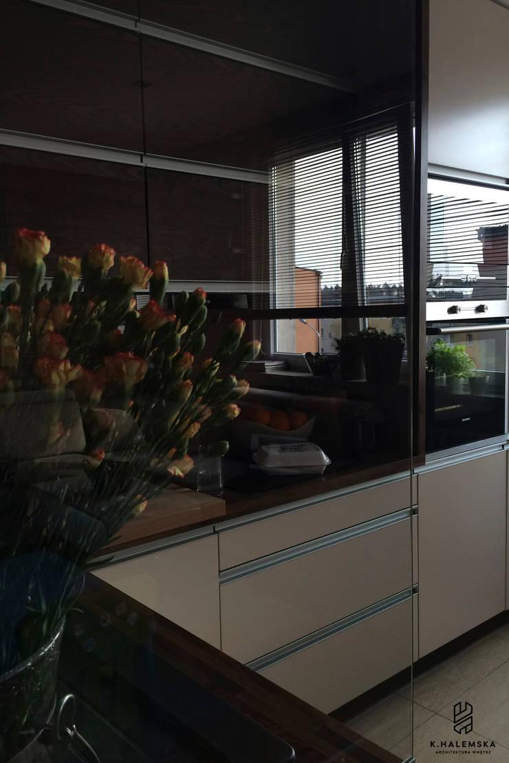 Mieszkanie 1/9: styl , w kategorii Kuchnia zaprojektowany przez k.halemska,Nowoczesny