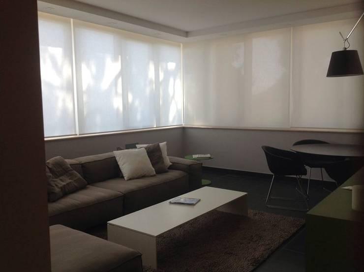 Salas de estar  por Architetto Dario Vista