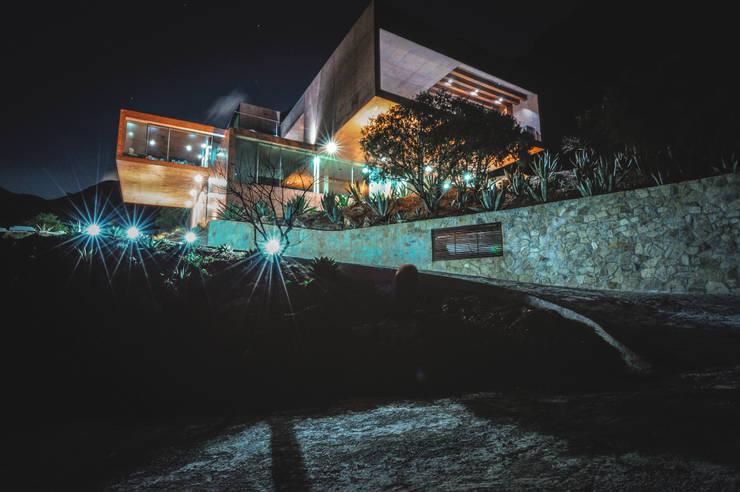 Casas  por P+0 Arquitectura