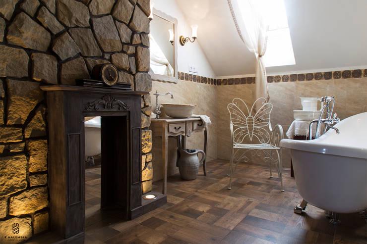 Ванные комнаты в . Автор – k.halemska