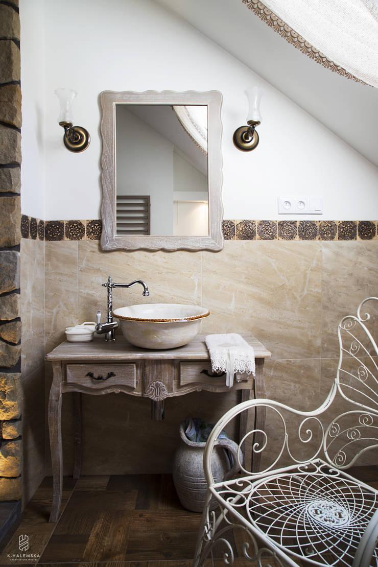 Projekt 48 _  łazienka na piętrze: styl , w kategorii Łazienka zaprojektowany przez k.halemska,