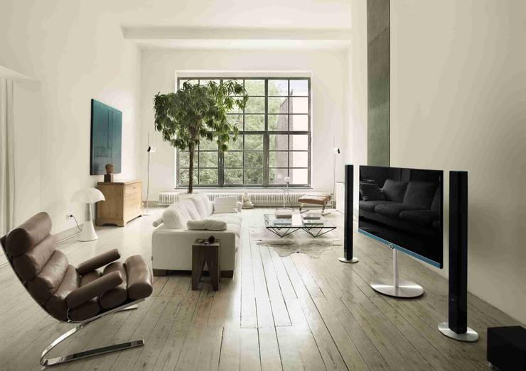 Projekty,  Pokój multimedialny zaprojektowane przez Loewe Technologies GmbH