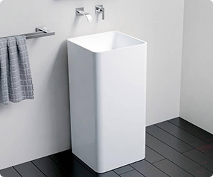 Mineralguss Standbecken SB-01: moderne Badezimmer von Badeloft GmbH