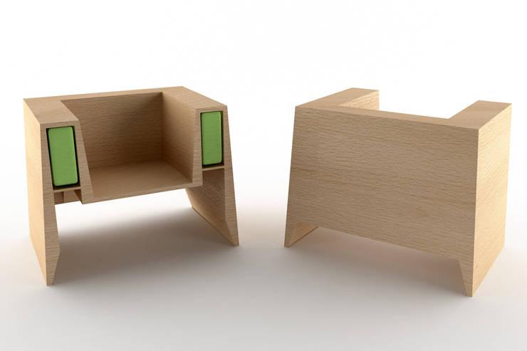 Modalità due - fronte/retro: Soggiorno in stile  di Architetto Paola Cocco