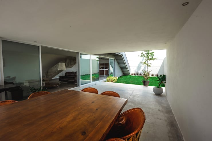 Jardin de style de style Moderne par P+0 Arquitectura