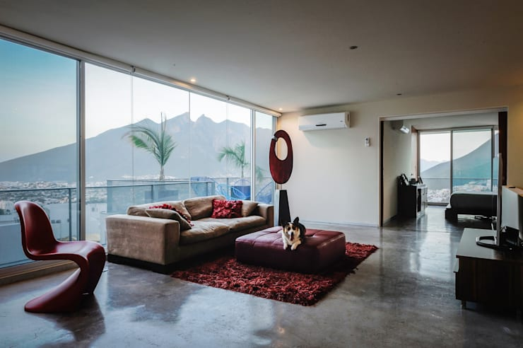 Casa IPE: Salas de estilo  por P+0 Arquitectura