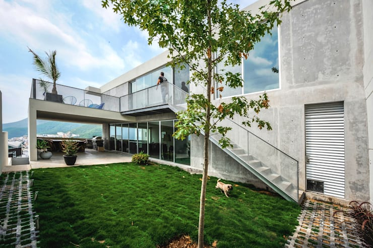 Houses by P+0 Arquitectura