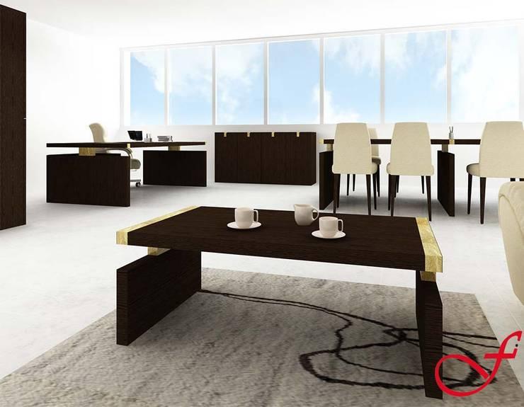 coffee table - classic style: Complessi per uffici in stile  di Fenice Interiors