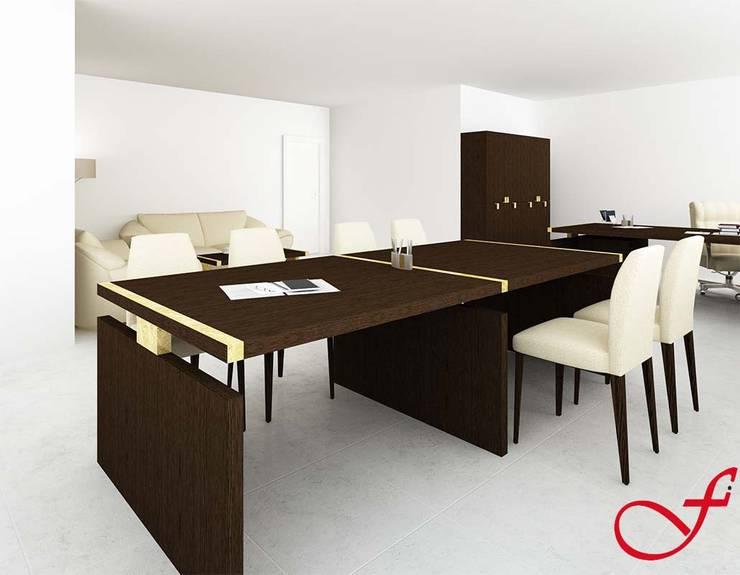 table - classic style: Complessi per uffici in stile  di Fenice Interiors