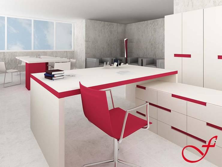 desk - modern style: Complessi per uffici in stile  di Fenice Interiors