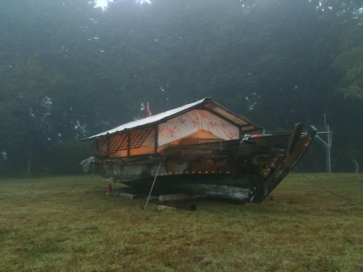 家船『勝丸』: 高原正伸建築設計事務所 一級建築士事務所が手掛けた家です。