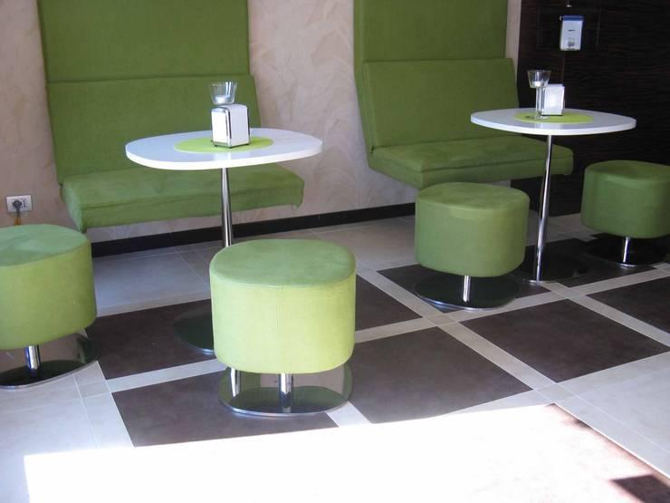 Cafeteria Benini: Gastronomia in stile  di Architetto ANTONIO ZARDONI
