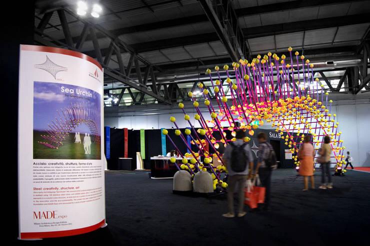 Sea Urchin: Allestimenti fieristici in stile  di Giancarlo Zema Design Group, Eclettico