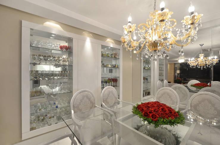 APARTAMETO - TAMARA RODRIGUEZ ARQUITETURA: Salas de jantar  por Tamara Rodriguez Aquitetura,Moderno