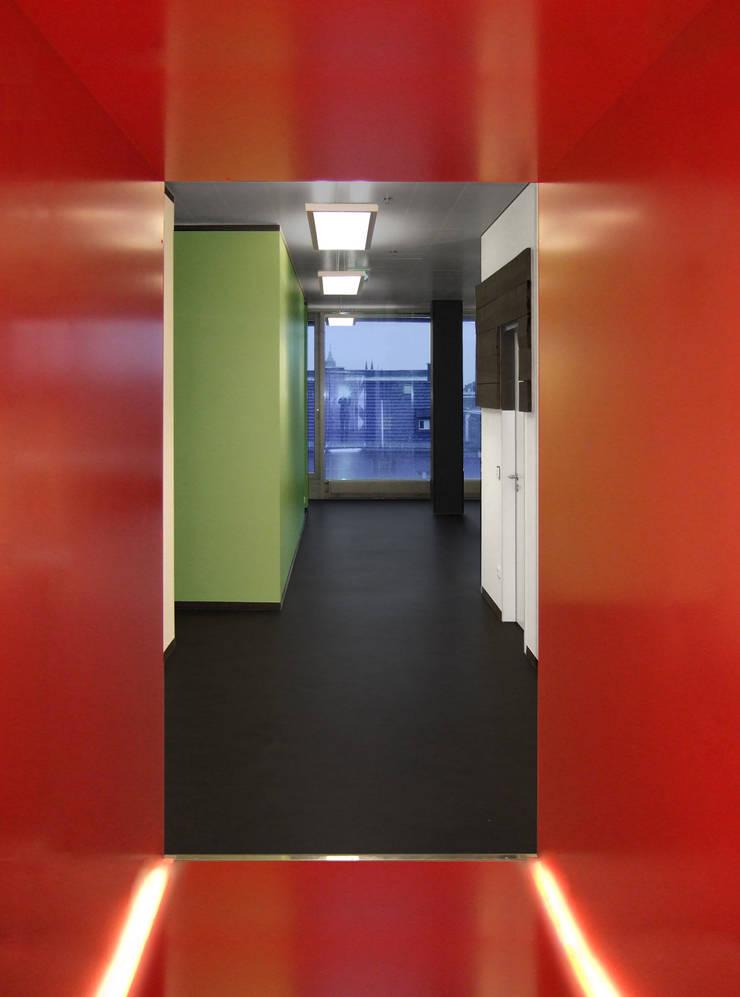 matrix technology ag headquarter m nchen von plan2plus design architektur i innenarchitektur. Black Bedroom Furniture Sets. Home Design Ideas