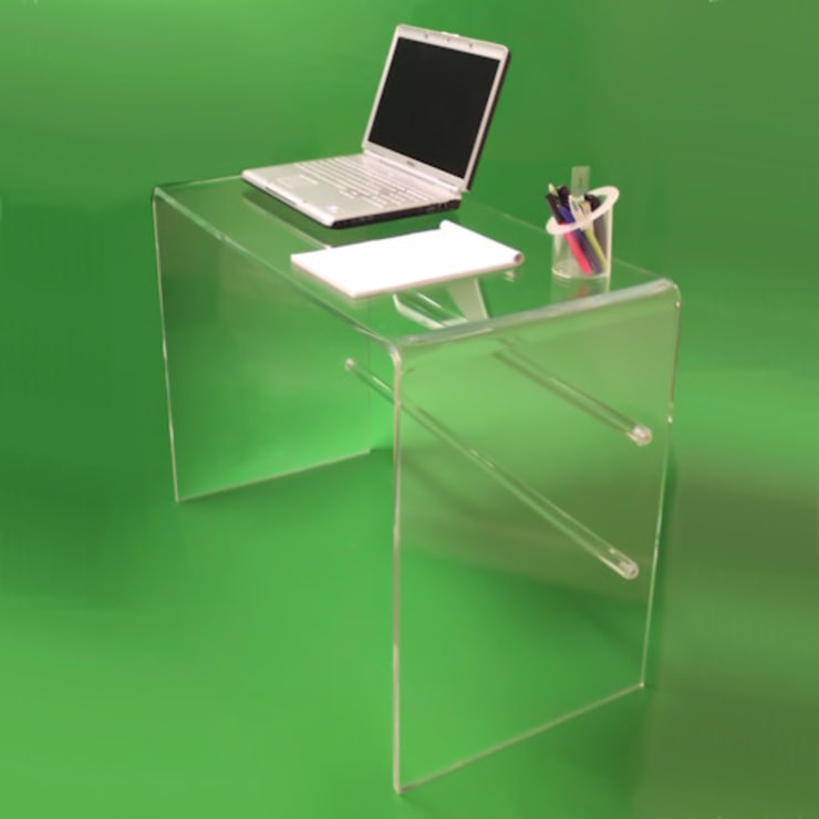 Tunstall Clear Acrylic Dressing Table / Desk: modern Study/office by Plastic Online Ltd.
