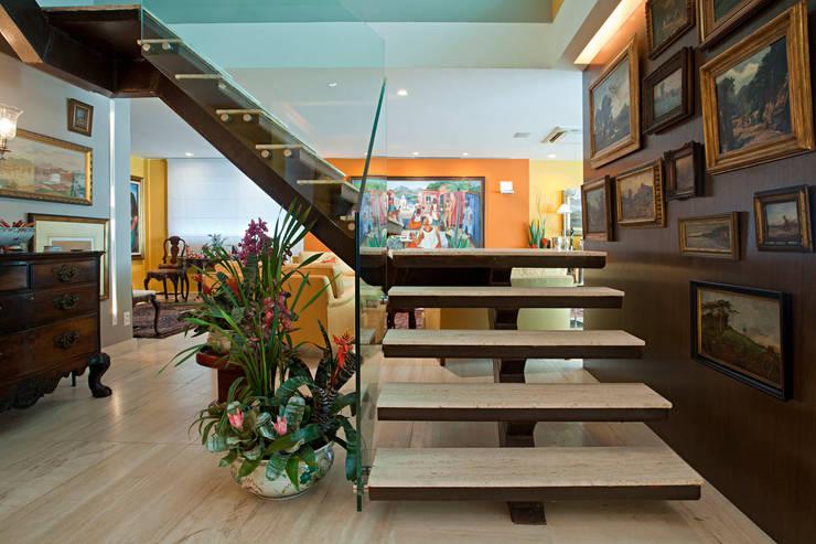 Apartamento São Conrado:   por Chicô Gouvêa - Arquitetura