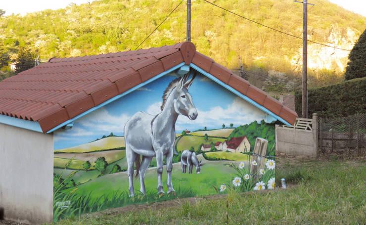 Trompe l'oeil PAYSAGE BUCOLIQUE : Jardin de style de stile Rural par Popek décoration