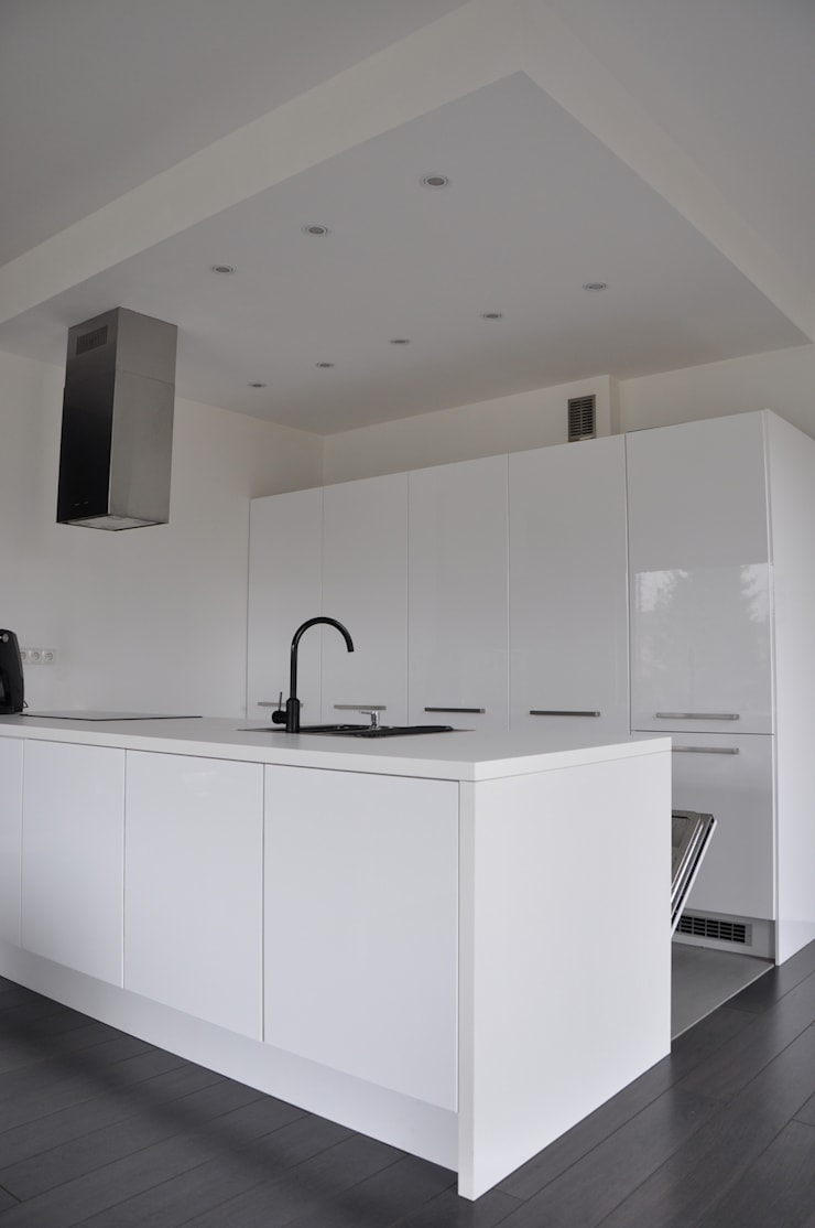 Dom O&B: styl , w kategorii Kuchnia zaprojektowany przez Pracownia Projektowa Ola Fredowicz,
